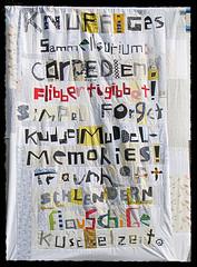 Die richtigen Worte... (Lizinnie) Tags: words quilt alphabet wonky buchstaben improvisational liberated 12bowleggedcurvybees