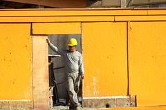 Por A-Construo-Diadema. (nariobarbosa) Tags: street yellow brasil saopaulo brazilian diadema construcao porai especulacaoimobiliaria