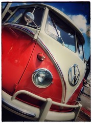 1960 Volkswagen Deluxe (vwcampin) Tags: camper so22 louisville nebraska omaha iphoneology iphonology iphone van microbus showandshine shownshine omahavolkswagenclub ovwc 15window deluxe bus volkswagen vw