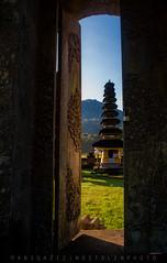 Tamblingan Tample,Bali. (Aniq Aziz) Tags: morning lake framing tample aniq tamblingan aniqaziz