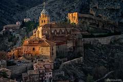 Catedral de Albarracn, provincia de Teruel, Spain (dleiva) Tags: architecture de spain arquitectura cathedral catedral sierra amanecer panoramica aragon provincia domingo teruel albarracin leiva aragn albarracn dleiva