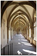 Kirche Bogengang der Liebfrauenkirche in Trier (t1p2m3) Tags: church arcade kirche glise trier flur bogengang liebfrauenkirche