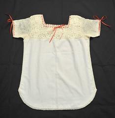 Zapotec Blouse Oaxaca Mexico (Teyacapan) Tags: mexican blouses blusas oaxacan crochet textiles needlework zapotec trajes sanjuandelrio mitla ropa