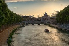Roman sunset (Marc Haegeman Photography) Tags: rome roma ancientrome italia italy vatican sanpietro pope romanchurches tiber marchaegemanphotography nikond800 city european cities lonelyplanet globaltravelling landscapes church outdoor river riverbank romanholiday