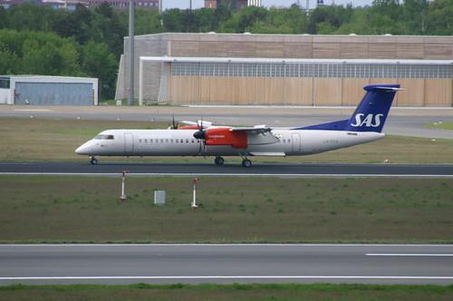 "SAS Scandinavian Airline System De Havilland Dash 8-400 LN-RDG ""Greip Viking"" @TXL/EDDT airport"