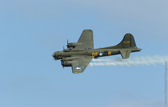 B17G 'Sally B' (Steven Whitehead) Tags: b canon eos flying fighter display ve sally airshow b17 ww2 duxford bomber iwm 2015 1dx eos1dx canon1dx