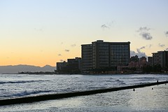 05022016_016_ (ALOHA de HAWAII) Tags: hawaii oahu royalhawaiianhotel waikikisunset