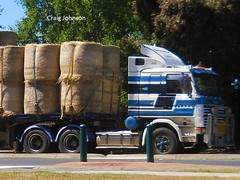 photo by secret squirrel (secret squirrel6) Tags: craigjohnsontruckphotos scania mirboonorth cabover worker stripes clarktransport