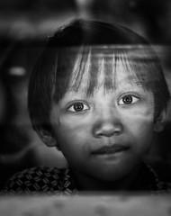 Indonesia (riccardo_hoenner) Tags: indonesia people peoples person persons persona persone bn bianconero blackwithe finestra windows scuola school bambino bambini children childrens child