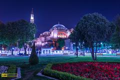 Walk around Hagia Sophia (Boszanova_EK) Tags: travel turkey nikon istanbul ist hagiasophia sophia hagia ayasofia nikonphotographer iamnikon