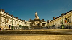 Bruxelles (Yasmine Hens) Tags: statue europa flickr belgium sony ngc bruxelles concours brussel namur hens yasmine wallonie iamflickr flickrunitedaward hensyasmine