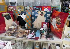 Stratford-upon-Avon'16 (71) (Silvia Inacio) Tags: uk inglaterra england dog co shop cat pillow gato loja almofada stratford stratforduponavon