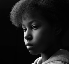 A light touch (niamekhi) Tags: portrait black girl nikon einstein lowkey 640 d810
