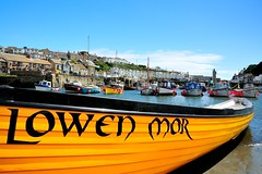 Roy Curtis - Town Gig (Roy Curtis, Cornwall) Tags: uk cornwall lowenmor porthleven gig harbour seaside
