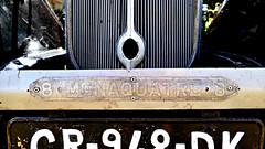 P1030739 (72grande) Tags: creuse saintmartiallemont videgrenier brocante 17èmeboursedechange renault monaquatre 8