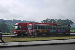P1290600 (Jusotil_1943) Tags: bus redcars autobus
