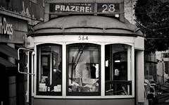 28 (stendol [L.B.W.L.]) Tags: lisbona 28 tram linea28 lisboa lisbonne lisbon trasporto tramlisbona