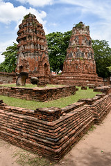 Wat Mahathat, Ayutthaya (scuba_dooba) Tags: edited nakhon อยุธยา phranakhonsiayutthaya park si ayutthaya พระนครศรีอยุธยา phra historical thailand ราชอาณาจักรไทย ประเทศไทย siam สยาม วัดมหาธาตุ wat mahathat maha that