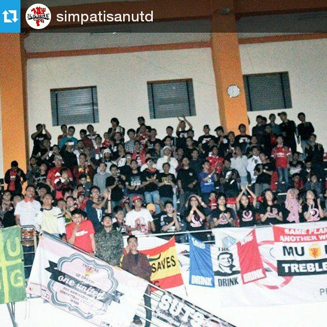 Lokasi Nobar: #Regram @simpatisanutd ・・・ We Shall Not SIT DOWN!! @lokasi_nobar