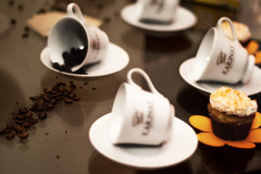 Coffe (wandersoares) Tags: wedding money cup caf cake by table heart tie whisky casamento coffe grooms dinheiro