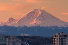 Creamsicles are best on a hot day. (Brendinni) Tags: seattle morning trees orange mountains clouds sunrise buildings landscape morninglight glow stadiums mountrainier cascades nd vanilla cascadia cascaderange creamsicles seattlewa ndfilter mounttahoma mountrainiernp