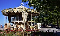 Le carrousel rtro (Diegojack) Tags: nikon retro carrousel vevey ancien nikonpassion d7200