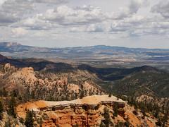Bryce Canyon (Fizzik.LJ) Tags: mountains utah ut usa brycecanyon clouds