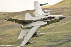 The Mach Loop (Dafydd RJ Phillips) Tags: snowdonia wales royal air force raf panavia tornado gr4 low level mach loop