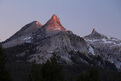 Last light on Cockscomb and Unicorn (hansol0) Tags: yosemite tuolumne unicorn cathedral meadow dusk sunset cockscomb