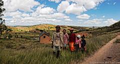Farmers near Antongona, Madagascar Island (Gaston Batistini) Tags: canon island ile farmer madagascar zebu batistini antongona gbatistini 5dmkiii gastonbatistini