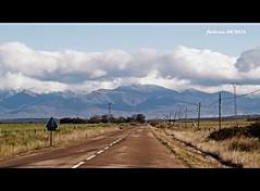Sierra de Gredos 02 Camino a la montaa (ferlomu) Tags: camino carretera nieve sierra nube gredos ferlomu
