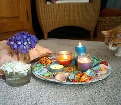Mandala im Einsatz (krewerkerstin) Tags: mandala schale schssel malerei handarbeit handmade liebe dich selbst farben froh meditation yoga konzentration bewustsein stken