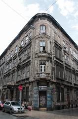 (barcava_) Tags: budapest ruina edificio antiguo raro decadencia belleza