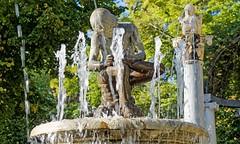 Aranjuez - fontaine 2 (Jean Paul Teppe) Tags: fontaine sculpture jetdeau jardin