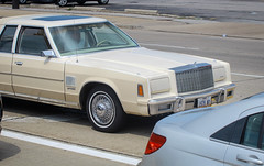 IMG_5487 (kz1000ps) Tags: tour2016 america landscape scenery cleveland ohio midwest rustbelt car mopar 1979 chrysler newyorker sedan cream unitedstates usa