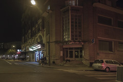 . (Le Cercle Rouge) Tags: paris france placedesftes 75019 night darkness light bricks bains douches ruedesftes humans