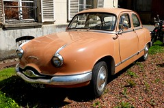 PANHARD Dyna Z (xavnco2) Tags: france classic cars car sedan french automobile antique z autos common saloon berline ocre panhard dyna pasdecalais 2015 filature auchyleshesdin laroutedesvacances