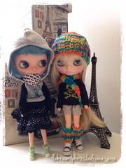 Cora e Krystal, bem protegidas do friozinho de São Paulo...