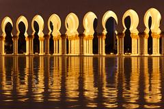 Grand Mosque Sheikh Al Zayed, Abu Dhabi (Rodney Topor) Tags: abudhabi architecture bluehour grandmosque mosque reflection uae unitedarabemirates canonef24105mmf4lisusm