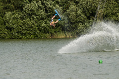 High speed wakeboarding (8) (John de Grooth) Tags: wakeboard wakeboarden highspeed spetterend ermerstrand recreatie watersport spanning tension