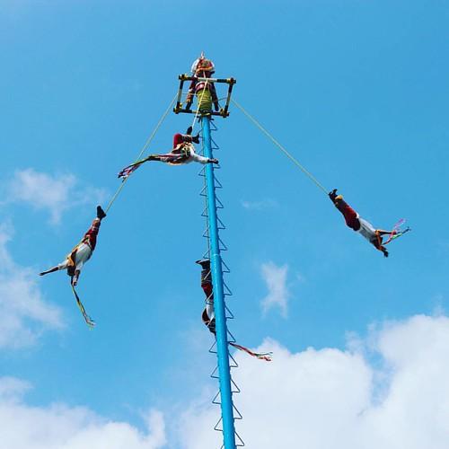 Voladores de Papantla  #voladoresdepapantla #papantla #turismoveracruz #veracruz #eltajin #totonaco