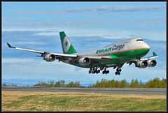B-16402 EVA Airways Cargo (Bob Garrard) Tags: b16402 eva airways cargo boeing 747 anc panc