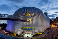 The Bull Ring / Warehouse / Birmingham 2016 (zilverbat.) Tags: engeland travel nightshot birmingham nightphotography longexposurebynight town longexposure night city bluehour bullring zilverbat england visit shopping architecture outdoor image innercity centrum afterdark availablelight avondfotografie avond twilight selfridges warehouse bus commercial vibes urban building ngc