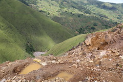 DR Congo Artisanal Gold Mining (UNEP Disasters & Conflicts) Tags: drcongo mining unenvironment uneppcdmb unep artisanalgoldmining artisanalmining southkivu butuzi easterndrcongo monusco partnershipafricacanada pac 2016