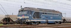[FR-SNCF] HLP BB 67222 SPDC > Nevers @La Ville aux Dames 08/10/2016 DSC_4987_DxO (yael.flament1) Tags: hlp sncf bb67200 bb67222 bb 67222 haut le pied hautlepied acheminement toursstpierre nevers la ville aux dames bl mte brissonneau et lotz matriel de traction lectrique infra sncfinfra