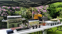 "HummerCatering #Düsseldorf #BBQ #Grill #Eventcatering #Event #Catering http://goo.gl/Dpl32W • <a style=""font-size:0.8em;"" href=""http://www.flickr.com/photos/69233503@N08/18272101392/"" target=""_blank"">View on Flickr</a>"