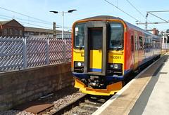 East Midlands Trains - 153311 (dgh2222) Tags: station class emt doncaster 153 153311 2k43