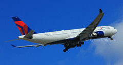 N803NW (Ken Meegan) Tags: dublin delta airbus a330 deltaairlines airbusa330 542 a330300 airbusa330300 n803nw a330323e airbusa330323e 1652016