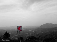 This way (ammfazlan) Tags: road travel red sky white mountain black travelling nature mobile blackwhite asia samsung roadtrip sl sri lanka highland srilanka traveling roadside naturalbeauty hillcountry far highlight mothernature southasia thisway fazlan ammfazlan fazlaan 18vanguwa daahatavanguwa