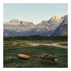 Yellow dot (Davide Bon) Tags: mountain montasio altopianodelmontasio square 1x1 yellow sunset goldenhour path grass vscofilm vsco nikon d7100 35mm18 35mm